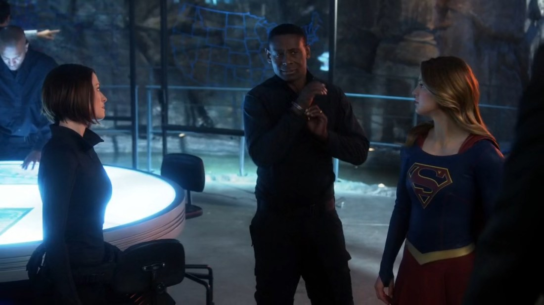 supergirl-s01e20-hdtv-720p-x265-aac-e-subs-gwc-mkv_snapshot_25-34_2016-10-01_20-59-02